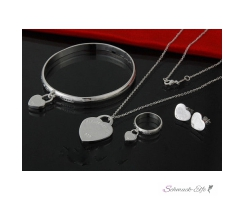 Schmuck Set  Kette , Armband, Ohrstecker, Ring Tiffy...